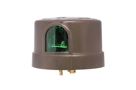 photocell for dusk to outdoor light hog slat