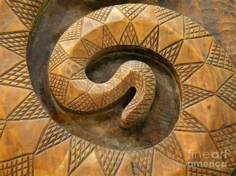 wooden snake  yali shi