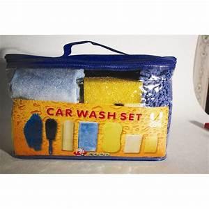 Kit Nettoyage Voiture : kit d 39 accessoires nettoyage 7 pi ces u care ~ Melissatoandfro.com Idées de Décoration