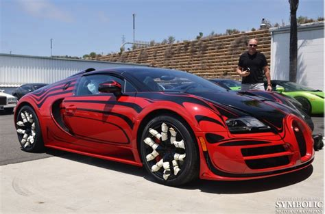 How A Bugatti Veyron L'or Style Vitesse Gets Delivered To