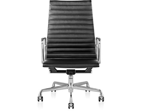 eames 174 aluminum executive chair hivemodern