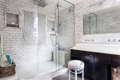 Shower With Subway Tile And Glass Doors-decoist