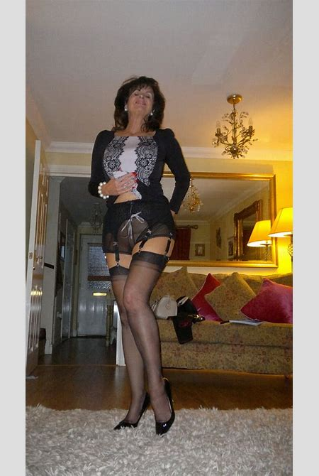 Very elegant matures in sexy stockings in a hot gallery