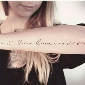 Tattoo Unterarm Schrift : vadersdye tolle schrift tattoo chico pinterest ~ Frokenaadalensverden.com Haus und Dekorationen