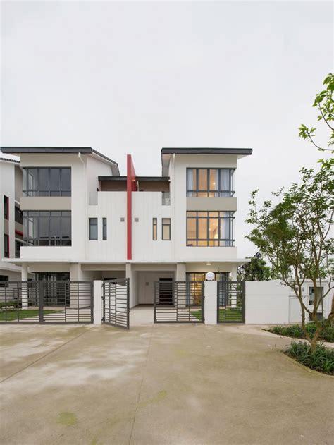 Semidetached House By Landmak Architecture