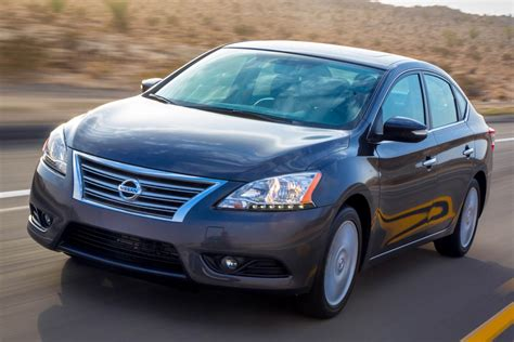 nissan sentra  sale pricing features