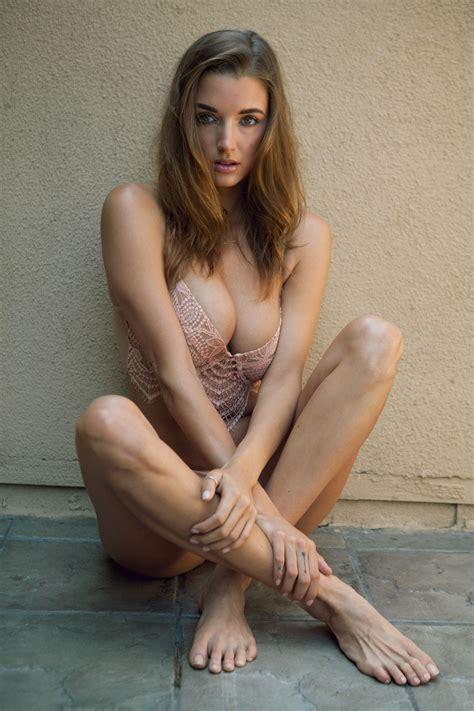 Alyssa Arce Nude Sexy The Fappening Leaked Nude Celebs