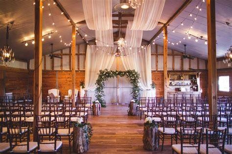 Barn Wedding Venues : Houston Wedding Venues