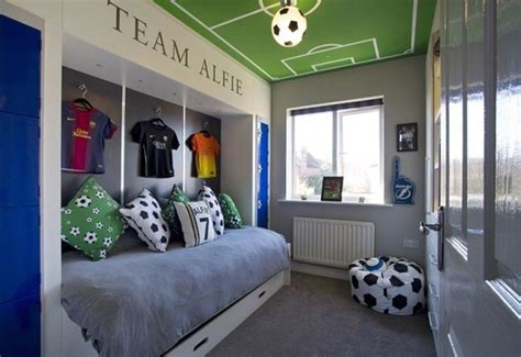 Bedroom Decorating Ideas For Boy A Room by 5 Stylish Boys Bedrooms Boys Room Soccer Bedroom
