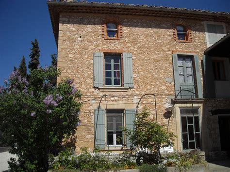 chambres d hotes aux baux de provence accueil le des baux chambres d h 244 tes g 238 tes 224