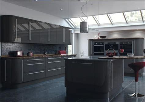 couleur mur cuisine grise cuisine gris anthracite 56 idées pour une cuisine chic