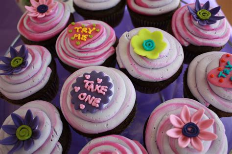 We did not find results for: Alice in Wonderland cupcakes.   Alice in wonderland ...
