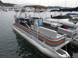 88 Bass Buggy Pontoon Boat 20 Ft  1988 For Sale For  3 750