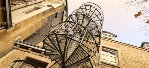 escalier de secours erp les formes ehi escalier h 233 lico 239 dal industriel