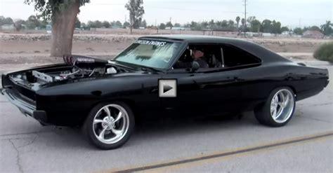 1968 Dodge Charger Hemi Burnouts & Donuts