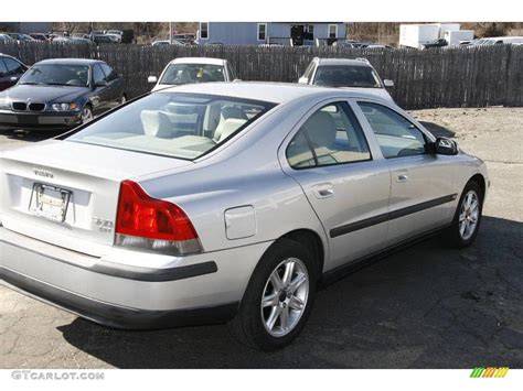 Volvo S60 2 4t by 2001 Silver Metallic Volvo S60 2 4t 6037344 Photo 5