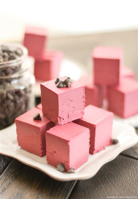 From sugar free cookies to sugar free cakes to sugar free pies, this list includes the ultimate list of best sugar free dessert recipes. Desserts With Benefits Healthy Raw Red Velvet Fudge (no ...