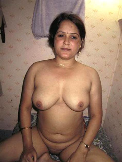 Indian Aunties Picture 3 Uploaded By Pathiran On