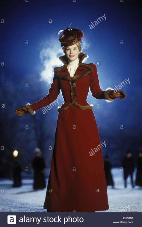 sienna guillory the time machine the time machine 2002 stock photos the time machine 2002