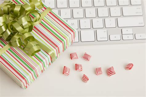 Top 11 Reasons To Job Search During The Holidays