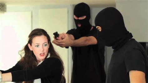10 Horrific Crimes That Happened Through Craigslist