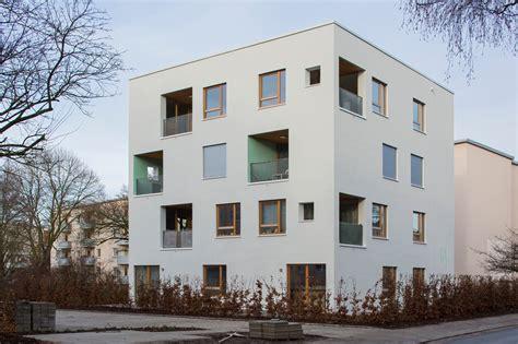 Umbau Wohnriegel Bloque Xii In Palma by Serieller Wohnungsbau Architects In Bremen