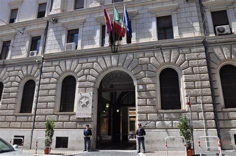 questura roma permesso soggiorno si occuper 224 di nipoti questura roma concede permesso