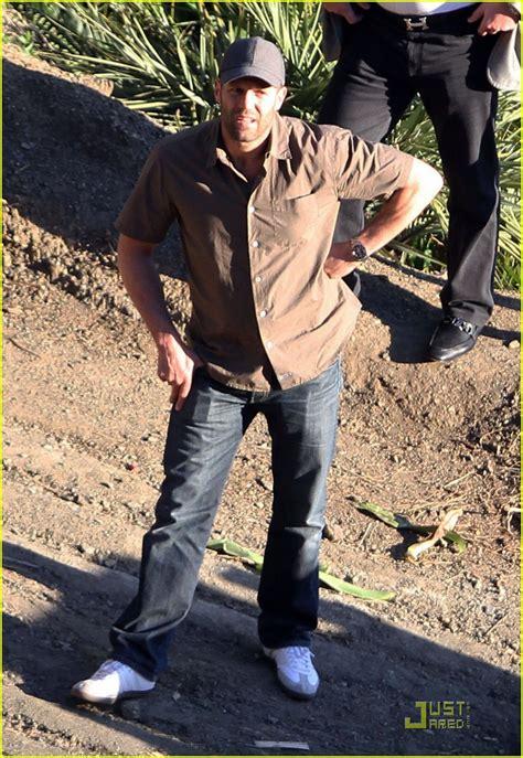 Full Sized Photo of rosie huntington whiteley jason ...