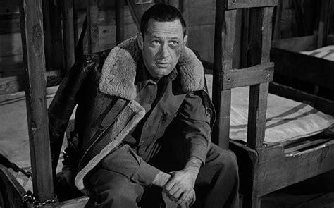 美国大兵沦为德国战俘,没受纳粹迫害,却每天被战友揍的头破血流。比利·怀德作品《战地军魂》_哔哩哔哩_bilibili