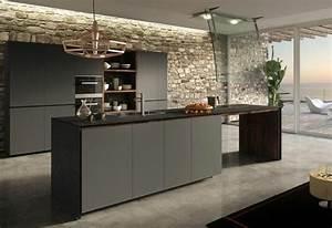 cuisine gris anthracite 56 idees pour une cuisine chic With salle À manger contemporaine avec cuisine gris anthracite et bois