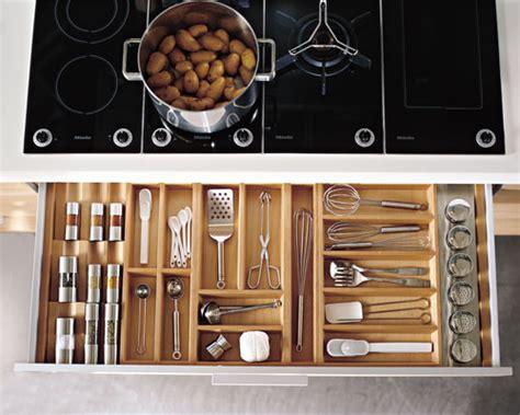 classement cuisinistes les rangements en cuisine indispensables tiroirs