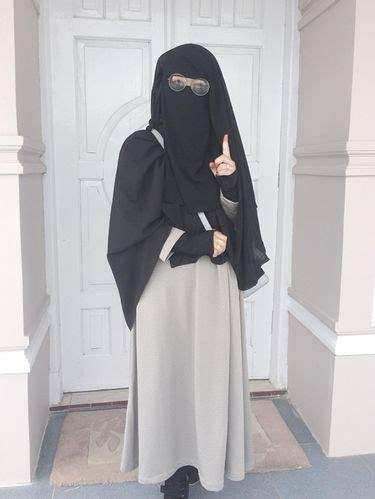 foto gaya stylish wardah maulina hijabers bercadar