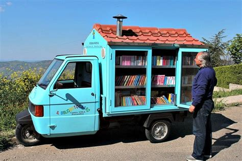 3 Mobile Italy by 10 Mobile Libraries And Bookstores