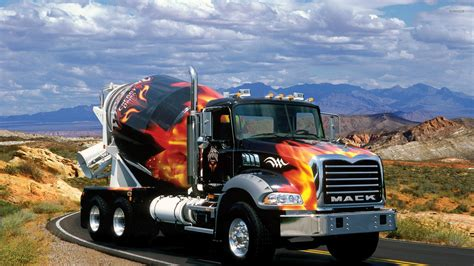truck car mack trucks wallpaper car wallpapers 33632