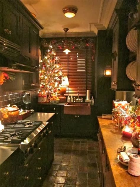 cozy christmas kitchen  pictures