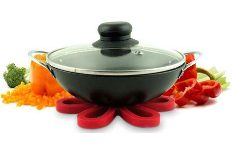 accessoires cuisine design accessoire cuisine design la carpe des ustensiles de