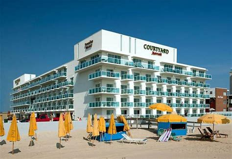 courtyard ocean city oceanfront ocean city md 2 15th 21842