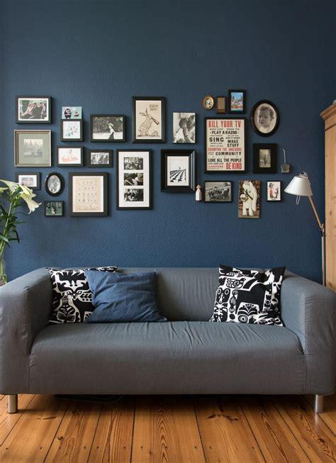 blaue wand wohnzimmer die besten 25 blaue wohnzimmer ideen auf wohnzimmer kissen marine kissen und