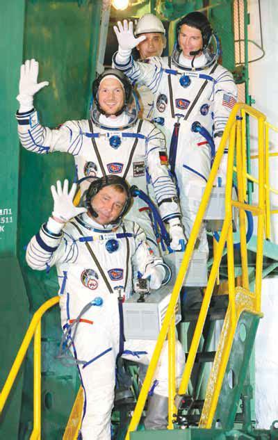 astronaut reid wiseman top european space agency  german