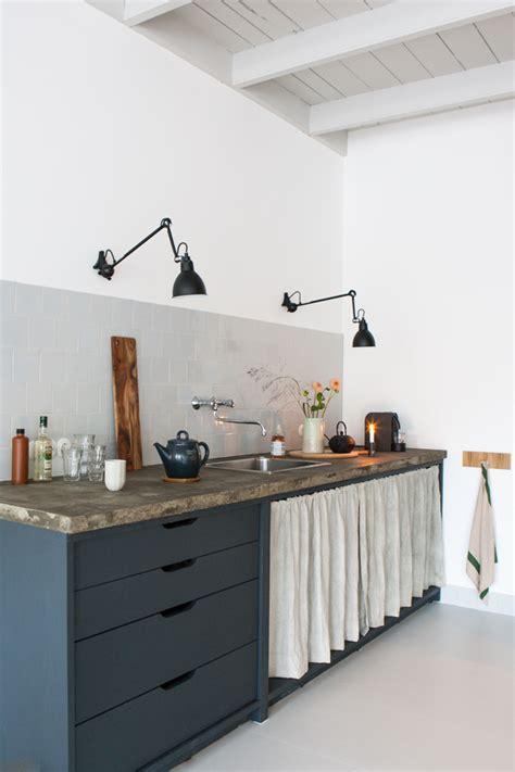 rideau pour placard cuisine visite du studio d une d 233 coratrice d int 233 rieur
