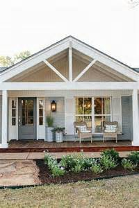 Smart Placement Cottage Style House Designs Ideas by 25 Best Ideas About Gable Roof Design On