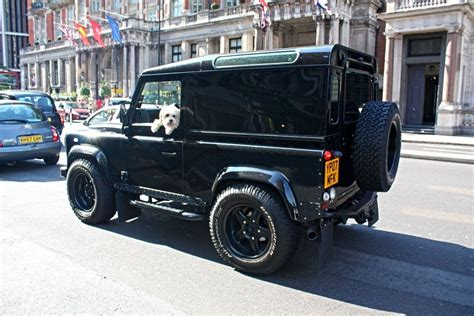 Twisted Defender 90 - the ultimate Chelsea Tractor. | Land ...