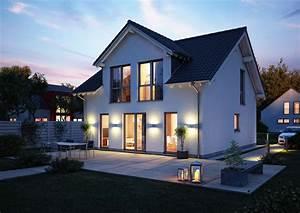 Haus Mit Gaube : familienhaus komfort von kern haus w hlen sie ihre gaube ~ Watch28wear.com Haus und Dekorationen