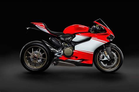 Ducati Photo by Even More Leaked Photos Of The Ducati 1199 Superleggera