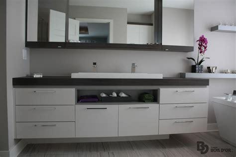 cuisine ouverte avec ilot la suspendu salles de bains moderne le groupe bois d 39 or