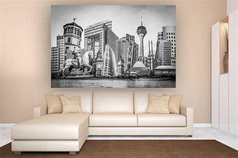 duesseldorf schwarz weiss collage auf leinwand und acryl mit