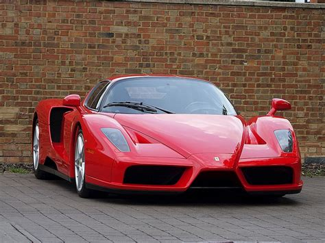 Enzo Pics by 2005 Used Enzo Rosso Corsa