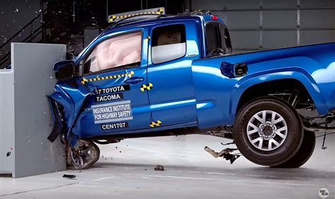 safety  midsize pickups  rated poorly toyota