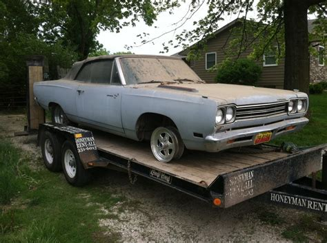 1969 Plymouth Road Runner Barn Find