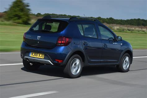 dacia sandero stepway 2017 new dacia sandero stepway 2017 review pictures auto express